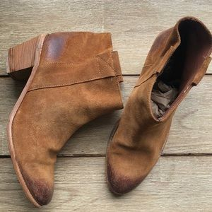 EUC Lockee Made in Italy all leather ankle boot